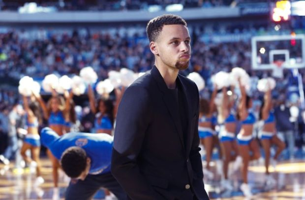 Dec 30, 2015; Dallas, TX, USA; Golden State Warriors injured guard Stephen Curry (30) before the game against the Dallas Mavericks at American Airlines Center. Mandatory Credit: Kevin Jairaj-USA TODAY Sports